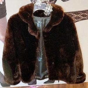 Nordstrom vintage brown faux fur coat amaz. Cond.M